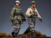 1:35 WWII German soldier in winter