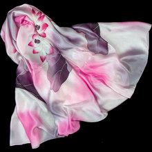 100% Silk Scarf Women Scarf Hand Painted Lotus Silk Bandana 2017 Top Silk Hijab Big Square Silk Scarf Hot Luxury Gift for Lady