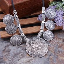 Bohemian Gypsy Vintage Ethnic Tibetan Silver Big Carved Flower Round Tassels Pendants Necklaces For Women Statement Maxi Jewelry