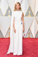 89th Annual Academy Awards Karlie Kloss White Long Celebrity Dresses Sleeveless O-Neck Evening Dresses Prom Party Gowns Vestidos