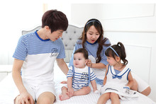 Children's Day New Striped Family Look 2016 Summer Father Mom And Son T Shirt And Daughter Dress Family Matching Outfits AF1710