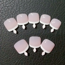 24Pcs Fashion Fake Toenails French False Nails Foot Natural Light Pink Nail Art Full Wrap Nail Tips T028(China)