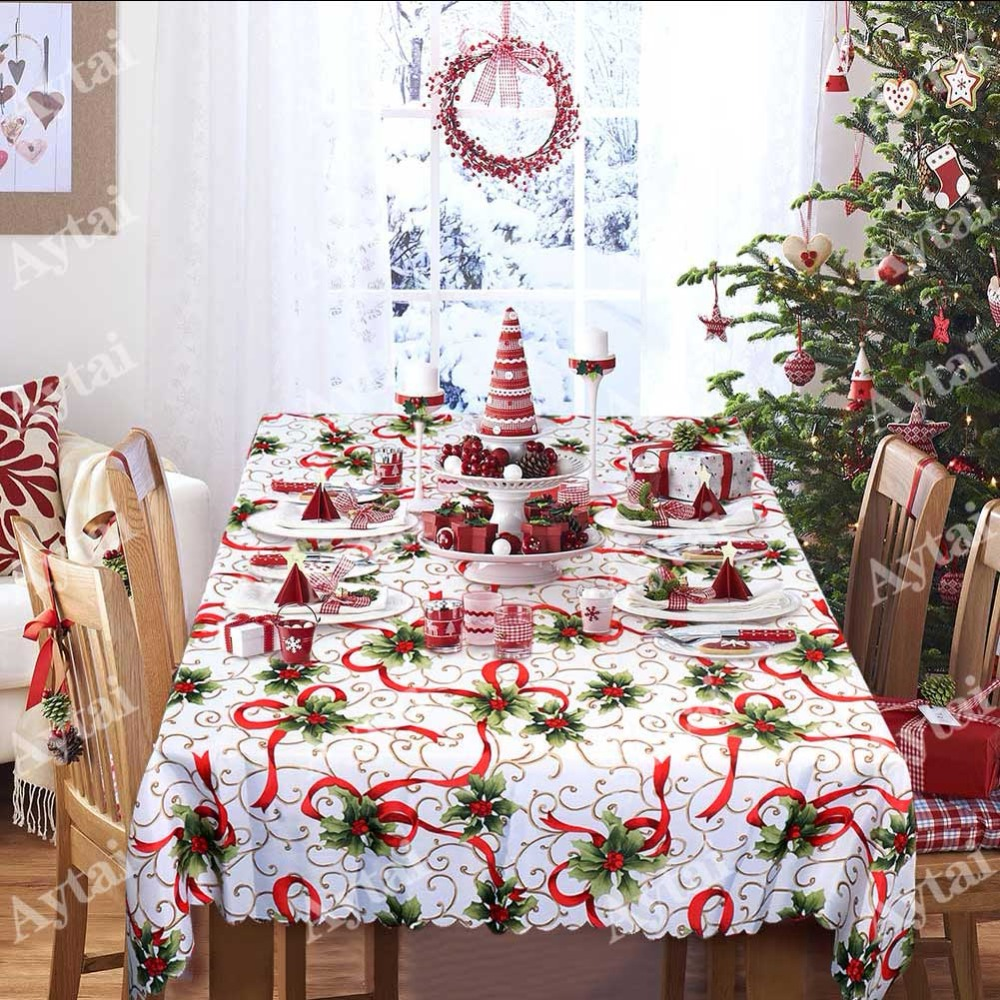 Rustic Christmas Wreath Plastic Banquet Tablecloth Christmas Winter Decoration