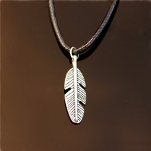 NK787 Exo Collares New Bijoux Men Pendant Love Vintage Silver Plated Rope Leaves Necklace For Women Jewelry Accessories Cheap