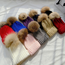 100% real raccoon ponpon hats women winter pompon caps fox fur fluffy pompom Kigurumi Fur pumpon Beanie female mink knitted caps