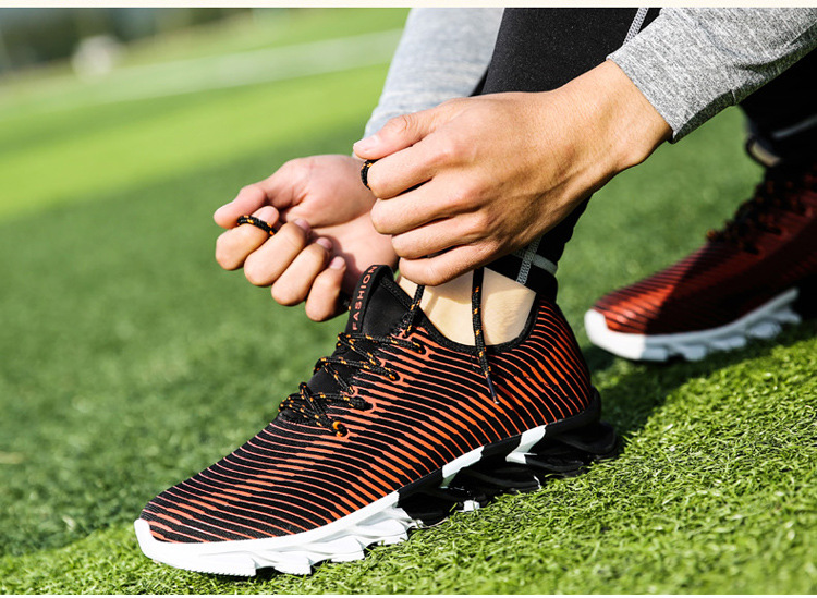 17New Hot Light Running Shoes For Men Breathable Outdoor Sport Shoes Summer Cushioning Male Shockproof Sole Athletic Sneakers 15