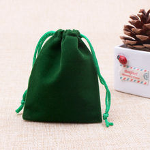 Wholesale 7x9cm Drawstring Green Color Velvet Bag Jewelry Pouches Christmas Valentines Gift Bags 100pcs/lot