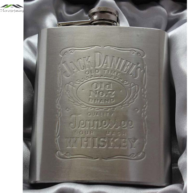 Hot sale metal hip flasks portable flagon stainless steel gifts travel silver whiskey alcohol liquor bottle Male Mini Bottles(China)