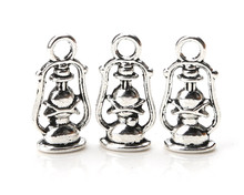 10pcs/lot 20*9mm Oil lamps Lantern Charms Antique Silver Tone Great Miniature Detail Fitting Necklace & Pendant jewelry Findings