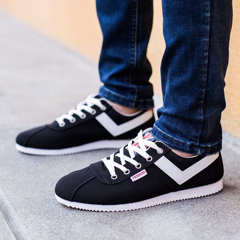 2017 New Men Spring/Autumn Mesh Lace-Up Super Cool Walking Comfortable Breathable Air Mesh Men Zapatos Hombre Shoes<br><br>Aliexpress