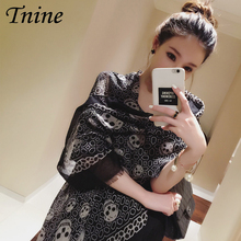 Fashion Elegant Cotton Blend Summer Beach Scarves for Women Oversize Skull Printed Scarves and Shawls Bandana Lady Black Foulard