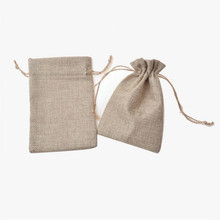 10pcs/lot 7*9/9*12/10*15cm Drawstring Pouch Christmas Wedding Gift Bag Jewelry Cloth Linen Flax Fabric Packaging Z575