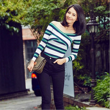 Hitz star with a stripe color deep V collar sweater slim dress with long sleeves