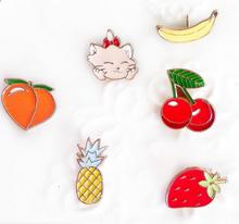 Timlee X128 Cartoon Cat Kitty Peach Strawberry Cherry Pineapple Cute Metal Brooch Pins Button Pins Gift Wholesale