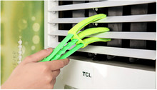 Microfiber Venetian Blinds Duster Slat Cleaner Triple Dust Clean Clip Brushes Free Shipping 5ZCF209(China)