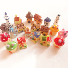 20pcs/lot new Mushroom House/thatched huts/cottage/pagoda mix dollhouse Toy Resin Christmas Children Gift Home Decoration Crafts