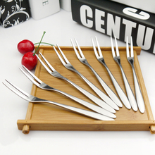10pcs/lot 13cm Stainless Steel Fruit Forks for Restaurant Cafeteria Home Party Dessert Fork Cutlery Flatware for Cake and Salad(China)