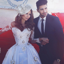 Saudi Arabic Wedding Dress Long Sleeve Lace Detachable Ivory Wedding Ball Gowns 2017 Cheap Cathedral Train Bridal Gowns