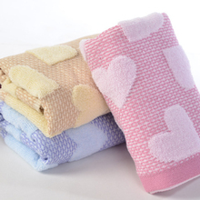 Hot Sales 35*75cm Cotton Fabrics Face Towels with Heart Jacquard Weave Design Non-twist Towels For kitchen/ bathroom