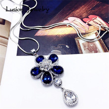 Lusion Jewelry for Women New Design Accessories Long Section Sweet Crystal Rhinestones Flower Pendant Statement Necklace