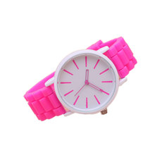 2017 Hot Sell New Fashion Lover Candy Color Silicone Watch Lady's White Dial Quartz Wrist Watches Gift  LL