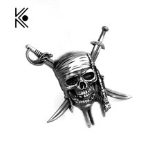 Factory Direct Sale Pirates of the Caribbean Keychain Captain Jack Sparrow Mask Skull and Crossbones Alloy Key Chain Ring
