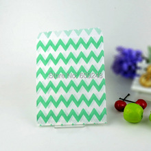 100pcs Mixed Colors Cheap Goodie Gift Favor Buffet Aqua Paper Party Candy Treat Bags Thin Chevron(China)