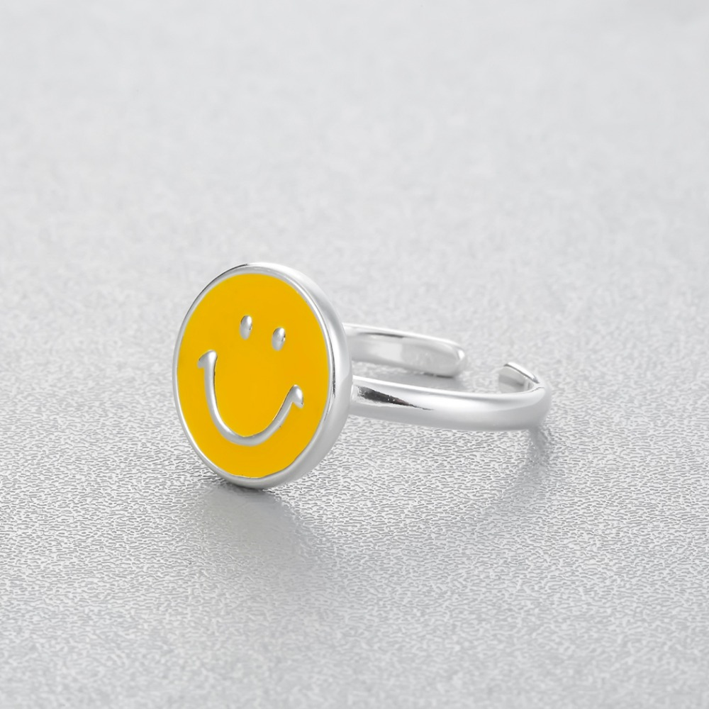 Happy Smiley Face Midi Fashion Ring