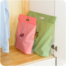 1pc Creative Storage Bag Hanging Wall Cartoon Storage Bag Waterproof Bag Hanging Organizer Dust-proof For Women's Bag