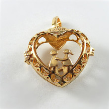 1PCS  Imitation Gold Love Heart Hollow Pendant Creative Copper Charms Jewelry Finding Crafts Necklace Phone Accessory 33*33*16mm