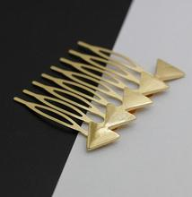 Baoxiu Vintage Gold / Silver Color Metal Triangle Studs Girls Hairpins Women's Fashion Hair Accessories H001