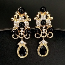 Cocktail Jewelry Imitated Black Pearl Crystal Chandelier Earrings Gold Tone Scroll Statement Pear Shaped Drop Earrings for Party(China)