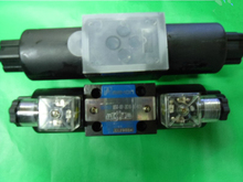 DSG-02-3C60 (DSG023C60) Solenoid Directional Valve ,Spring Center,3 Position 4 Way, 12Vdc , 24Vdc , 220vAC,110VAC