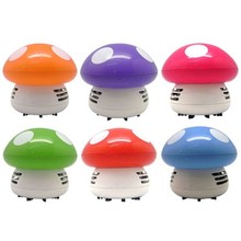 New Mini Cartoon Mushroom Shape Corner Table Desk Dust Vacuum Cleaner Sweeper
