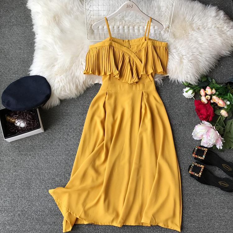 2019 Spring Women Chiffon Pleated Braces Sling Spaghetti Strap Goffer Long Dress Ladies Ruffles Empire Drapped Swing Slip Dress 213