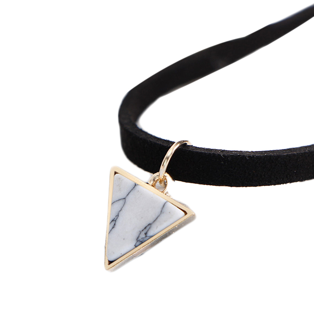 Fashion  Girls Simple Triangle Shape White Green  Pendant Necklace Women Velvet Choker Collar Necklace Jewely