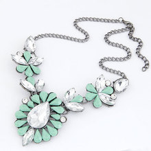 New 2017 Fashion Imitated Gemstone Jewelry Drop Statement Necklaces Pendants Crystal Colar Necklace for Women Accessories