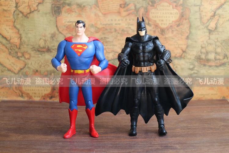 718cm 2pcs/set Movie Super Heroes Batman + Superman PVC Action Figures Models Toys SM100<br><br>Aliexpress