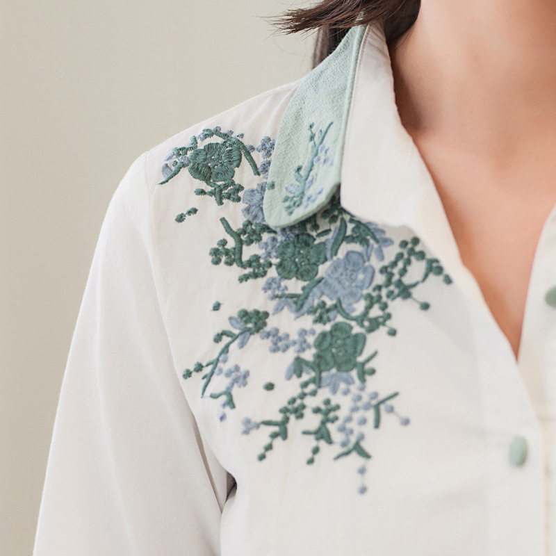 Floral Embroidery White Blouse 13