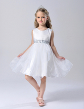 2016 Fashion Baby Girls Summer Party White Dress Shiny Sequins Child Evening Dresses Sleeveness Girls Ball Gown Dresses O-Neck