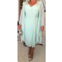 Mint Green V Neck Column Short Mother of the Bride Dresses with Wrap Plus Size Casual 2017 Chiffon Evening Gowns Lace Tea Length(China)