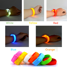 1 x Fashion LED Flashing Wrist Band Bracelet Arm Band Belt Light Up Dance holiday Party Glow For Party Decoration Gift P25
