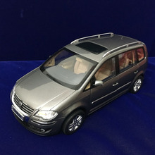 *1:18 Volkswagen VW Old Touran 2008 Diecast Model Car Classical MPV Collection Off Road Commercial Vehicle