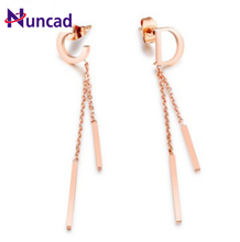 2017 New-Earring Boutique English CD letter temperament hanging both a Tassel Earrings titanium Rose Gold Earrings(China)