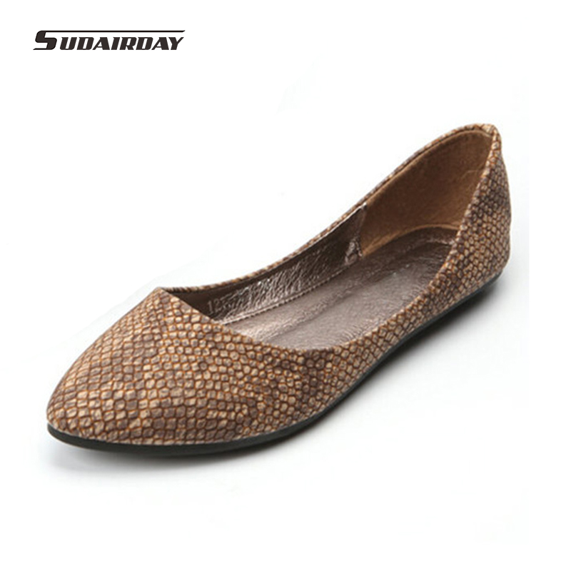 2016 new pointed toe sexy color block decoration serpentine pattern comfortable soft surface women flats sapatilhas femininos<br>
