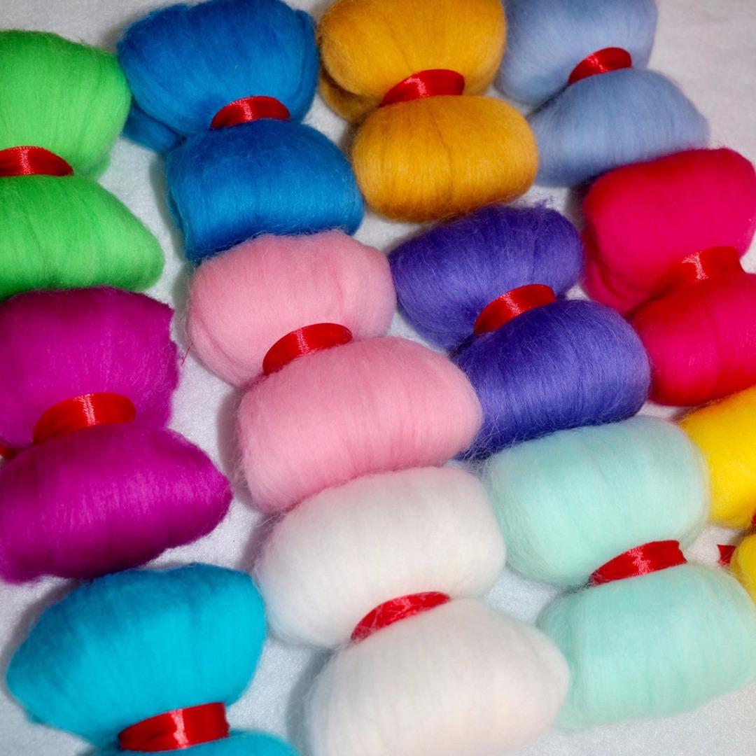 JX-LCLYL New 3g 40 Colors Merino Felting Wool Tops Fibre for Needle Felting & Wet Felting