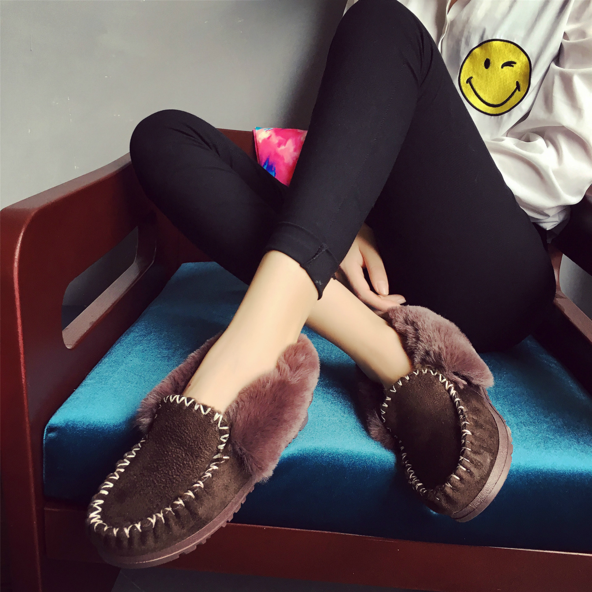 Autumn and Winter New Snow Boots Women Warm Plus Velvet Thick Boots Casual Fashion Women Flat Shoes<br><br>Aliexpress
