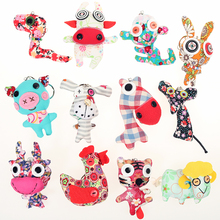 12pcs/lot Cute DIY Handmade Cloth Animal Doll Keychain Mouse/Monkey/Tiger/Pig/Rabbit/Snake Kids Educational Animal Toys Key Ring(China)