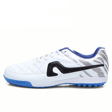 2017 Men Artificial Turf Football Sneakers Green Blue Cheap Men Soccer Cleats Soccer Shoes for Boys Top Indoor Football Boots(China)