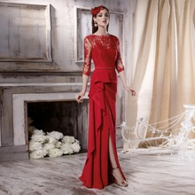 New Design Red Evening Dress Lace Open Back Mother of the Bride Dresses 3/4 Sleeves Ruffle Satin with Slit
